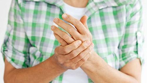 Những yếu tố nào liên quan đến viêm khớp, 4 Lưu ý quan trọng trong điều trị viêm khớp