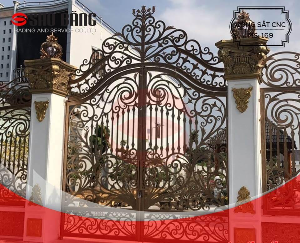 Bạn có biết giá cửa cổng sắt bao nhiêu tiền chưa?